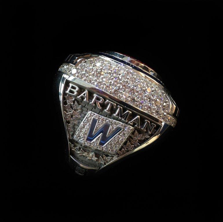 steve-bartman_2016-world-series-championship-ring.jpg